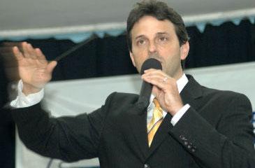 Deputado federal Paulo Bornhausen deve se filiar ao PSB no próximo dia 30 de agosto (Fábio Cortez/DN/D.A Press)