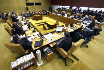 Último voto dos embargos infringentes dos condenados no julgamento será do ministro do Supremo Celso de Mello (Nelson Jr/SCO/STF)