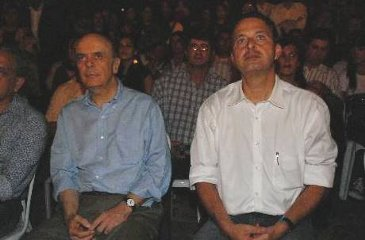 Corpo mole feito por Aécio Neves em 2010 coloca José Serra a um passo de fechar acordo político com Eduardo Campos (Ricardo Fernandes/DP)