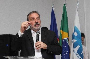 Senador e pré-candidato ao governo de Pernambuco assina ordem de serviço em Goiana e recebe homenagem no Sertão (Edvaldo Rodrigues/DP/D.A. Press)