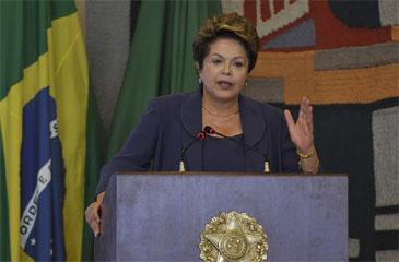 """A """"voz das ruas"""" têm um norte claro no Brasil, que é a questão de mais direitos sociais, mais valores públicos e éticos (Antônio Cruz/ABr)"""