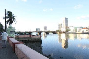 As áreas de embarque e desembarque do Programa Rios da Gente começarão a ser erguidas nesta sexta (Nando Chiappetta/DP/D.A Press)