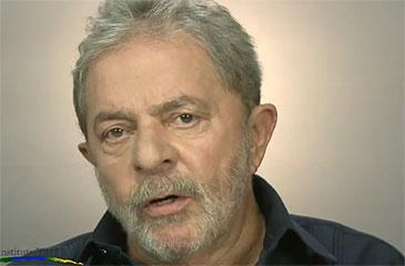 """Postagem na página oficial do PT no Facebook chamou Eduardo Campos (PSB) de """"playboy"""" e """"tolo"""" (Instituto Lula/Reprodução)"""