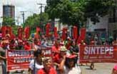 Professores retomam greve hoje (Facebook/Reprodu��o)