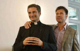 "Padre gay: ""Devemos expressar o amor"" (AFP Photo/ Tiziana Fabi)"