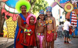 Carnaval do Recife ter� polos exclusivos para a crian�ada cair no passo (Bernardo Dantas/ DP/D.A Press. )