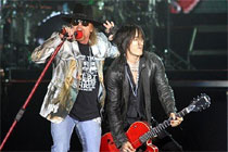 O blog Play acompanhou o show da banda de rock Guns N' Roses no Chevrolet Hall (Divulga��o)